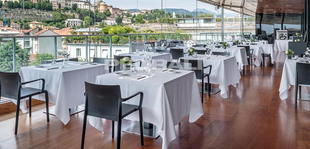 RoofGarden-Restaurant-Pedrali_01-(1)