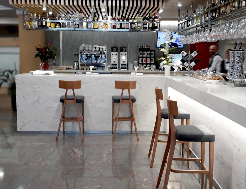 TABURETE DE DISEÑO PARA HOTEL
